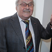 NLD/Amsterdam/20120419 - Onthulling beeld Johnny Kraaijkamp Sr., Wim Kraaijkamp