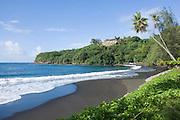 Matavai Bay, black sand beach, Papeete, Tahiti, French Polynesia<br />