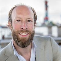Nederland, Amsterdam, 20 mei 2017.<br /> Gin test.<br /> Op de foto: Alfred van Beeck - panellid en organisator Gin festival.<br /> <br /> <br /> <br /> Foto: Jean-Pierre Jans