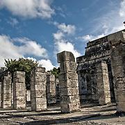 Templo de los Guerreros (Temple of Warriors) at the ancient Mayan ruins at Chichen Itza, Yucatan, Mexico