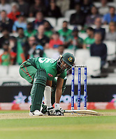 Cricket - 2019 ICC Cricket World Cup - Group Stage: Bangladesh vs. New Zealand<br /> <br /> Shakib Al Hasan of Bangladesh ducks to avoid a bouncer, Tom Blundell at Kia Oval.<br /> <br /> COLORSPORT/ANDREW COWIE