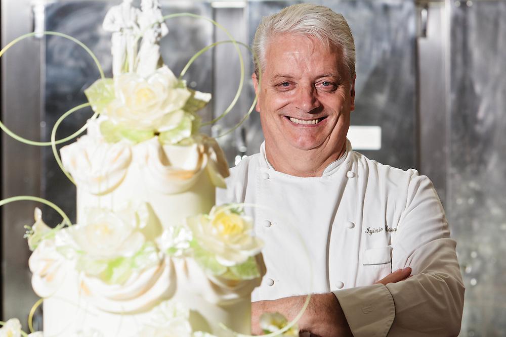 11 JUN 2011 - Brescia - Pasticceria Veneto - Iginio Massari, chef pasticcere