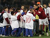 Fotball<br /> Italia<br /> Foto: Inside/Digitalsport<br /> NORWAY ONLY<br /> <br /> Francesco Totti celebrates his 200th goal in career<br /> <br /> 26.01.2008<br />  <br /> Roma v Palermo 1-0