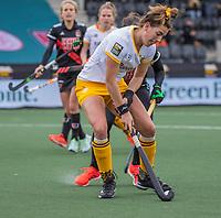 AMSTELVEEN -  Frederique Matla (DenBosch) tijdens de halve finale wedstrijd dames EURO HOCKEY LEAGUE (EHL),  Amsterdam-HC Den Bosch. (1-1) Den Bosch wint shoot outs en plaats zich voor de finale.  COPYRIGHT  KOEN SUYK