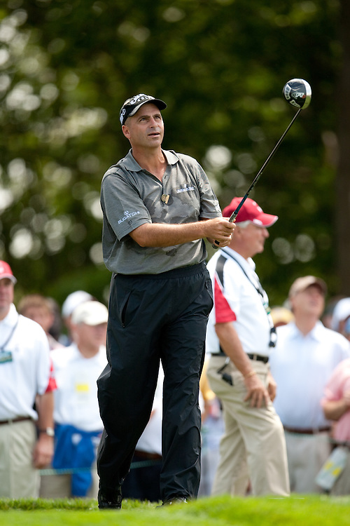 FARMINGDALE, NY - JUNE 19:  Rocco Mediate watches his tee shot during the continuation of the first round of the 109th U.S. Open Championship on the Black Course at Bethpage State Park on Friday, June 19, 2009. (Photograph by Darren Carroll) *** Local Caption *** Rocco Mediate