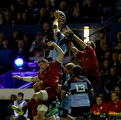 Josh Turnbull of Cardiff Blues claims the high ball<br /> <br /> Photographer Simon King/Replay Images<br /> <br /> Guinness PRO14 Round 4 - Cardiff Blues v Munster - Friday 21st September 2018 - Cardiff Arms Park - Cardiff<br /> <br /> World Copyright © Replay Images . All rights reserved. info@replayimages.co.uk - http://replayimages.co.uk