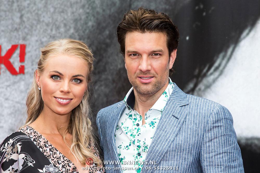 NLD/Almere/20140609 - Premiere Stuk de film, Bas Muijs en partner Sabine Vas- Nunes