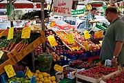 Fruit market stall Jungfernstieg, Central station square, Hamburg, Germany.