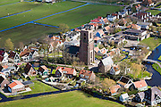 Nederland, Noord-Holland, Amsterdam, 16-04-2008; Ransdorp (gemeente Amsterdam,Landelijk Noord), beschermd dorpsgezicht), dorpsstraat met de stompe kerktoren, kerktoren, toren, Waterland, kleinschalig, dorp;.typical dutch village with wooeden houses, Waterland, immediately North of Amsterdam;...  .luchtfoto (toeslag); aerial photo (additional fee required); .foto Siebe Swart / photo Siebe Swart