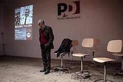 Lavello (PZ) 12.02.2013 - Campagna Elettorale Elezioni Politiche 2013. Massimo D'Alema in Basilicata per presentare i candidati alle elezioni politiche. Nella Foto: Massimo D'Alema. Foto Giovanni Marino
