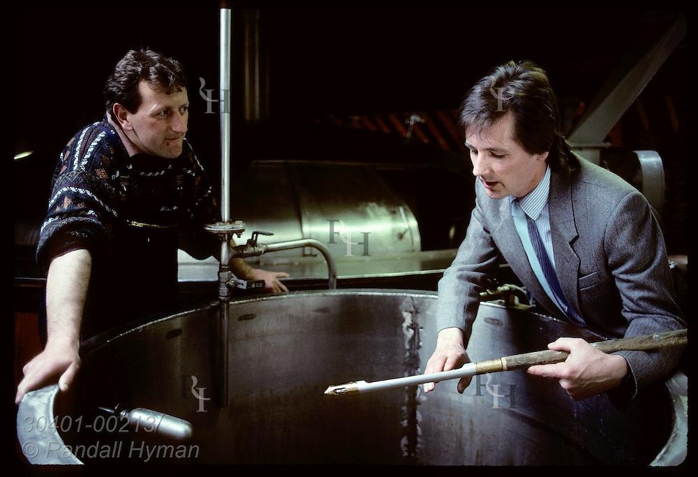 Mashman Willy Black & Mike Nicolson, manager, check wort temp of mash tun @ Blair Athol;Pitlochry Scotland