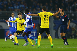 18.02.2016, Signal Iduna Stadion, Dortmund, GER, UEFA EL, Borussia Dortmund vs FC Porto, Sechzehntelfinale, Hinspiel, im Bild Julian Weigl (#33, Borussia Dortmund) mit Aboubakar (#9, FC Porto), Sokratis Papastathopoulos (#25, Borussia Dortmund) und Schiedsrichter Luca Banti // during the UEFA Europa League Round of 32, 1st Leg match between Borussia Dortmund and FC Porto at the Signal Iduna Stadion in Dortmund, Germany on 2016/02/18. EXPA Pictures © 2016, PhotoCredit: EXPA/ Eibner-Pressefoto/ Deutzmann<br /> <br /> *****ATTENTION - OUT of GER*****
