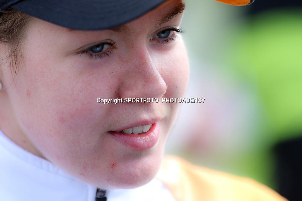 16-04-2016: Wielrennen: IJsseldelta Topcompetitie vrouwen: Zwolle<br />ZWOLLE (NED) wielrennen Wind was in deze editie de grootste tegenstanders van de vrouwen.<br />Anna van der Breggen