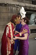 Selina Blow's mother, Helga Perera and Isabella Blow. Valentino haute couture. Palias du Louvre, Paris. 8 July 2001. © Copyright Photograph by Dafydd Jones 66 Stockwell Park Rd. London SW9 0DA Tel 020 7733 0108 www.dafjones.com