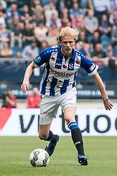 Morten Thorsby of sc Heerenveen during the Dutch Eredivisie match between sc Heerenveen and FC Groningen at Abe Lenstra Stadium on April 08, 2018 in Heerenveen, The Netherlands