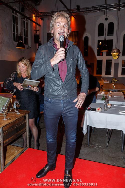 NLD/Amsterdam/20151202 - Opening DWDD Pop up restaurant en kookboek presentatie Koken met Kranenborg, Matthijs van Nieuwkerk