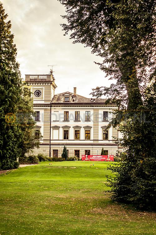 18-09-2015: Golf & Spa Resort Konopiste in Benesov, Tsjechië.<br /> Foto: Het oude hoofdgebouw