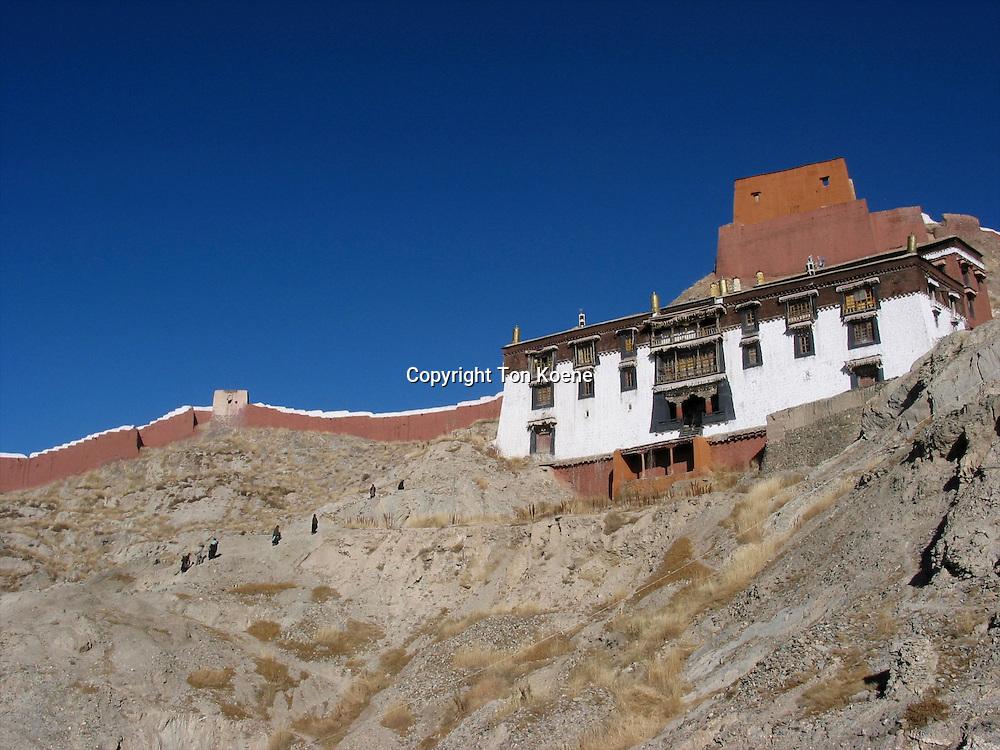stupa of Gyantse and palkor chode monastry, tibetgyantse, palkor chode