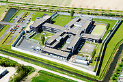 Nederland, Flevoland, Lelystad, 08-09-2009. Woonboulevard Palazzo Lelystad, winkelcentrum en bedrijventrrein, onder ander Gamma, Praxis. Links Intermetzo (instelling voor jeugdzorg).<br /> Shopping mall in new polder.<br /> luchtfoto (toeslag op standard tarieven);<br /> aerial photo (additional fee required);<br /> copyright foto/photo Siebe Swart