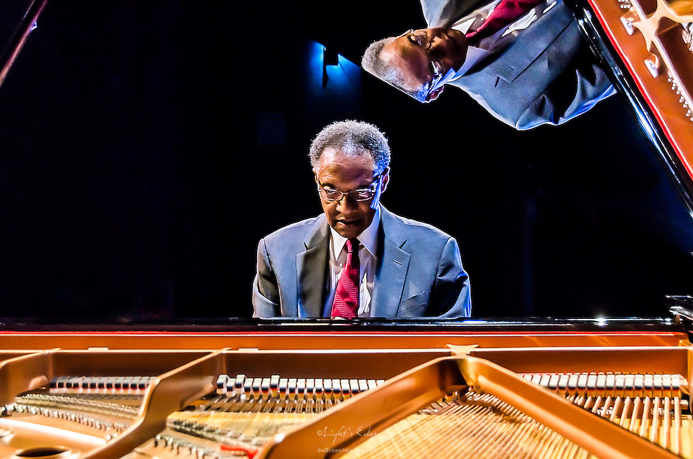 Ramsey Lewis giving the Yamaha piano the once over prior to his show at SOPAC in South Orange, NJ.