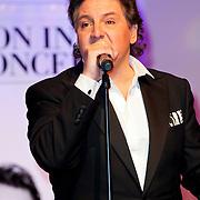 NLD/Hilversum/20111130 - Rene Froger & Jeroen van der Boom geven concert voor Stichting Don, Rene Froger