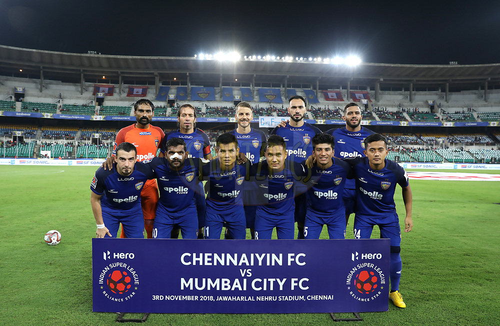 Chennaiyin FC team pose for the pix before the start of the  match 27 of the Hero Indian Super League 2018 ( ISL ) between Chennaiyin FC  and Mumbai City FC  held at the Jawaharlal Nehru Stadium, Chennai, India on the 3rd November 2018<br /> <br /> Photo by: Sandeep Shetty /SPORTZPICS for ISL
