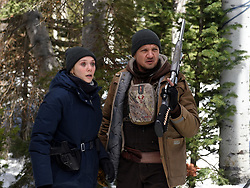 Elizabeth Olsen and Jeremy Renner star in Wind River<br /> Photo: Fred Hayes<br /> © 2017 The Weinstein Company. All Rights Reserved
