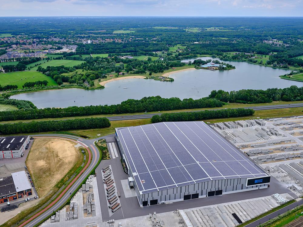 Nederland, Gelderland, Gemeente Barneveld, 21–06-2020; bedrijventerrein Harselaar, industrieterrein aan de A1 met vestiging van Bosch Beton (keerwanden).<br /> Harselaar, industrial estate on the A1 with a branch of Bosch Beton (retaining walls).<br /> <br /> luchtfoto (toeslag op standaard tarieven);<br /> aerial photo (additional fee required)<br /> copyright © 2020 foto/photo Siebe Swart
