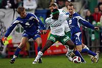 Fotball , <br /> Adeccoligaen  6  Mai  2007 , Briskeby Gressbane , <br /> HamKam  v  FK Haugesund   3-3<br /> <br /> Foto:Dagfinn Limoseth - Digitalsport<br /> <br /> Tor Arne Andreassen og Kevin Nicol ,  Haugesund og Oluwasegun Abiodun , HamKam