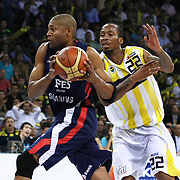Fenerbahce Ulker's Tarence Anthony KINSEY (R) and Efes Pilsen's Charles SMITH (L) during their Turkish Basketball league Play Off Final third leg match Fenerbahce Ulker between Efes Pilsen at the Abdi Ipekci Arena in Istanbul Turkey on Tuesday 25 May 2010. Photo by Aykut AKICI/TURKPIX