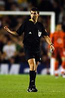 Photo: Henry Browne.<br /> Arsenal v FC Thun. UEFA Champions League.<br /> 14/09/2005.<br /> Referee Grzegorz Gilewski had a bad game.