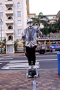 """Living statue"" busker. Waikiki, Honolulu, Hawaii"