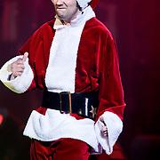 NLD/Amsterdam/20100415 - Uitreiking 3FM Awards 2010, Gerard Ekdom in kerstmannen pak