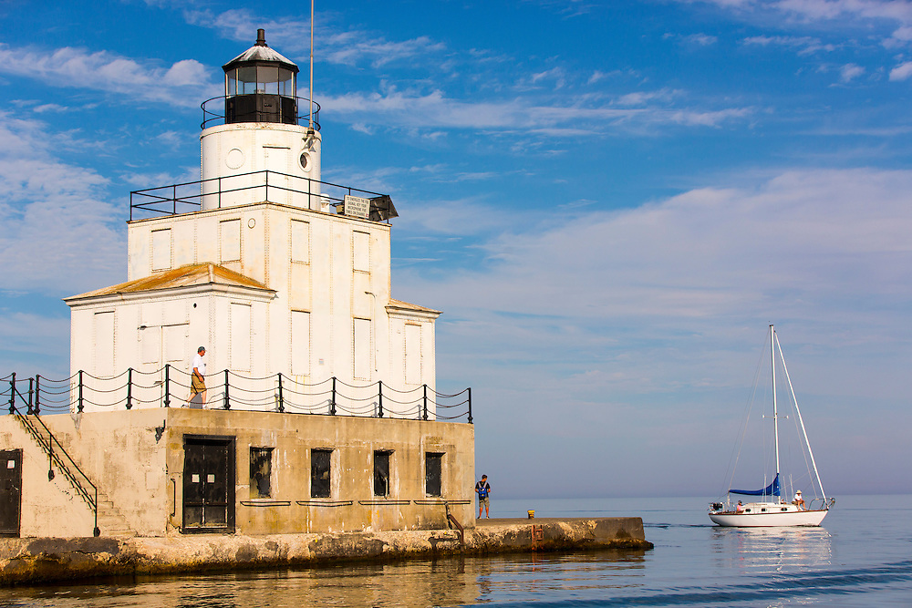 Manitowoc, Wisconsin. Lighthouse Photo by Mike Roemer