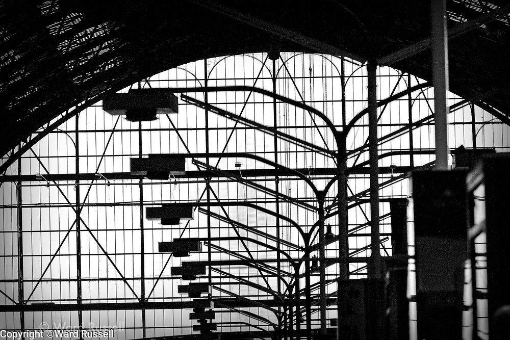 Urban Architecture of the world continues to fastenate, both in BW and color.
