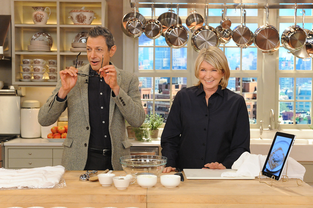 """Jeff Goldblum and Martha Stewart are seen during the production of """"The Martha Stewart Show"""" in New York on Tuesday, November 9, 2010. Photo: David E. Steele/The Martha Stewart Show"""