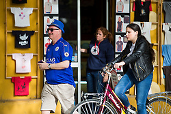 Leicester City makes his way to O'Neils Irish bar in Seville before the game - Rogan Thomson/JMP - 22/02/2017 - FOOTBALL - Estadio Ramon Sanchez Pizjuan - Seville, Spain - Sevilla FC v Leicester City - UEFA Champions League Round of 16, 1st Leg.