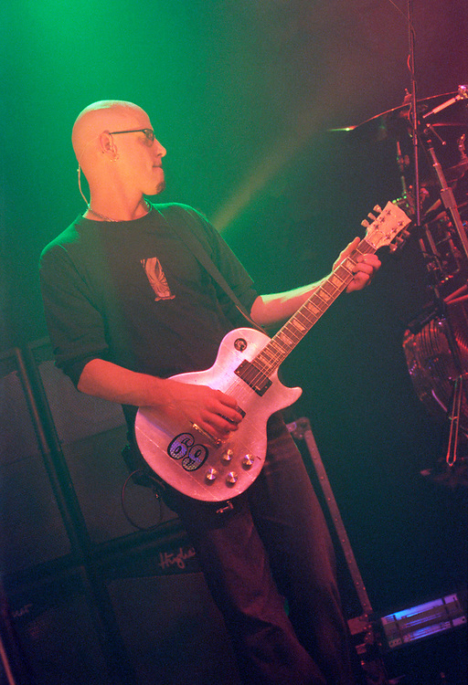 PHILADELPHIA - SEPTEMBER 18: Fuel guitarist Carl Bell performs at Theatre of Living Arts on September 18, 2000, in Philadelphia, Pennsylvania. (Photo by Lisa Lake)