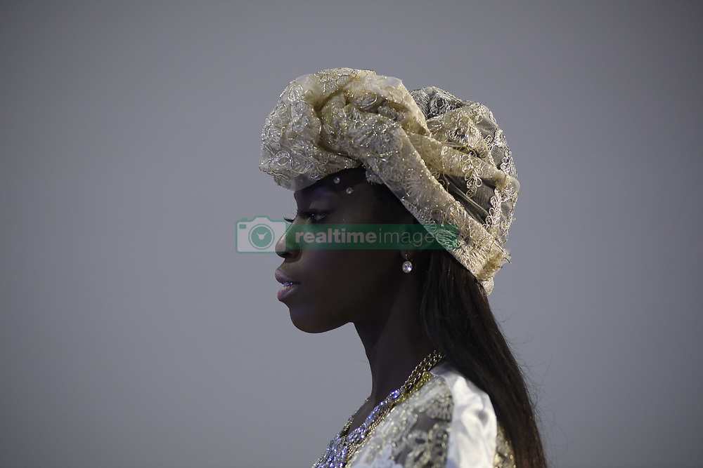 August 19, 2017 - Toronto, Ontario, Canada - A model walking on the during the 4th day of African Fashion Week in Toronto, Canada on 19 August 2017. (Credit Image: © Arindam Shivaani/NurPhoto via ZUMA Press)