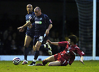 Photo: Olly Greenwood/Sportsbeat Images.<br />Southend United v Swindon Town. Coca Cola League 1. 08/12/2007. Swindon's Chris Allen tackles  Southend's Alan McCormack