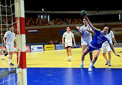 02-12-2012 HANDBAL: SLOVENIE - ISRAEL: APELDOORN .WK Kwalificatie toernooi WK 2013 Omnisportcentrum Apeldoorn / Katja Cerenjak.©2012-FotoHoogendoorn.nl. (Photo by Ronald Hoogendoorn / Sportida)