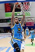 DESCRIZIONE : Capo dOrlando Lega A 2015-16 Betaland Orlandina Basket Vanoli Cremona<br /> GIOCATORE : Fabio Mian<br /> CATEGORIA : Schiacciata Sequenza Penetrazione<br /> SQUADRA : Betaland Orlandina Basket<br /> EVENTO : Campionato Lega A Beko 2015-2016 <br /> GARA : Betaland Orlandina Basket Vanoli Cremona<br /> DATA : 15/11/2015<br /> SPORT : Pallacanestro <br /> AUTORE : Agenzia Ciamillo-Castoria/G.Pappalardo<br /> Galleria : Lega Basket A Beko 2015-2016<br /> Fotonotizia : Capo dOrlando Lega A Beko 2015-16 Betaland Orlandina Basket Vanoli Cremona