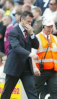 Foto: SBI/Digitalsport<br /> NORWAY ONLY<br /> <br /> Fotball<br /> Premier League England<br /> Aston Villa V Manchester United<br /> 15.05.2004<br /> <br /> DAVID O'LEARY
