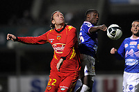 FOOTBALL - FRENCH CHAMPIONSHIP 2010/2011 - L2 - LEMANS FC v EVIAN TG - 12/11/2010 - PHOTO JEAN MARIE HERVIO / DPPI - BRICE DJADJEDJE (ETG) / THORSTEIN HELSTAD (LMFC)