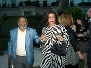 SIR V.S. NAIPAUL , LADY NAIPAUL, Tatler Summer Party. The Hempel. Craven Hill Gdns. London. 25 June 2008 *** Local Caption *** -DO NOT ARCHIVE-© Copyright Photograph by Dafydd Jones. 248 Clapham Rd. London SW9 0PZ. Tel 0207 820 0771. www.dafjones.com.