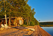 Cotage at sunrise on Lac des Sables<br />