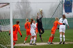 19-11-2011 VOETBAL: EK 2013 KWALIFICATIE VROUWEN: SLOVENIE - NEDERLAND: IVANCNA GORICA<br /> Lots Geurts of Netherlands during football match between Women national teams of Slovenia and Netherlands in 4th Round of EURO 2013 Qualifications<br /> ©2011-FotoHoogendoorn.nl/Vid Ponikvar