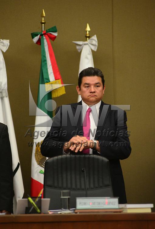 Toluca, México (Abril 29, 2016).- Pedro Zamudio Godínez, Consejero Presidente del Instituto Electoral del Estado de México durante la sesión extraordinaria de este órgano electoral.  Agencia MVT / Crisanta Espinosa