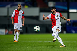 17-10-2017 NED, UEFA CL, Feyenoord - FC Shakhtar Donetsk, Rotterdam<br /> UEFA Champions League Round of 16, 3rd Leg match between Feyenoord vs. Donetsk at the stadion DE Kuip in Rotterdam / Steven Berghuis #19 of Feyenoord