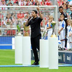 "09.08.2014, Allianz Arena, Muenchen, GER, 1. FBL, FC Bayern Muenchen, Saisoneröffung, im Bild Saenger Andreas Bourani singt seinen WM-Song ""Auf Uns"" // during the saison opening of German 1st Bundesliga Club FC Bayern Munich at the Allianz Arena in Muenchen, Germany on 2014/08/09. EXPA Pictures © 2014, PhotoCredit: EXPA/ Eibner-Pressefoto/ Stuetzle<br /> <br /> *****ATTENTION - OUT of GER*****"